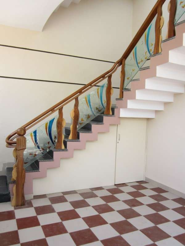 Wooden glass railing wood stairs glass staircase in - Glass and wood railing design ...