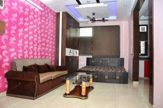 Service apartment in panchsheel park -@ rs. 2500 per day for each contact 9717991558