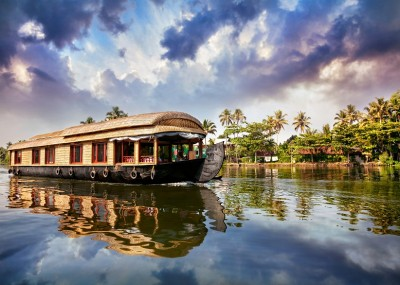 Alleppey houseboat packages, backwater tours alleppey