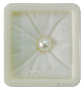Encouraging the evolution of our body with pearl(moti) gemstone