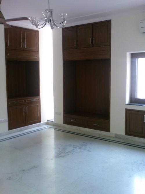4 a.c bedroom apartment available for rent