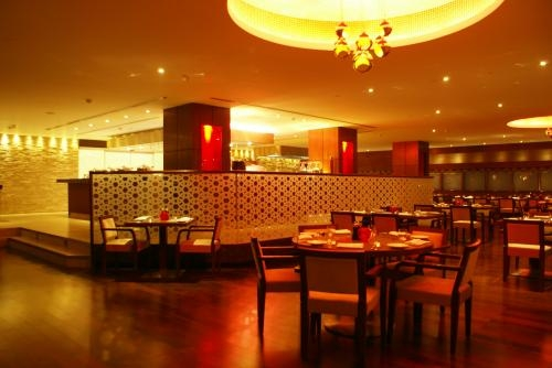 Holi special sunday brunch at the india grill