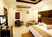luxury hotel in delhi