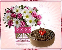 Send cakes and flowers to delhi
