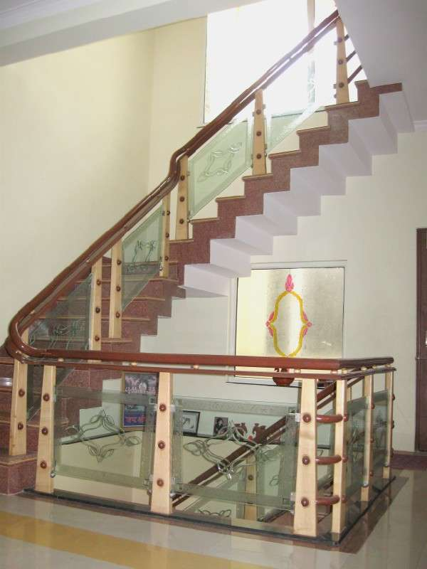 Wooden Glass Railing, Wood Stairs, Glass Staircase, In Delhi   Furniture |  639091