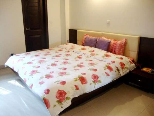 Service apartments in saket near max hospital delhi - call 9582222295