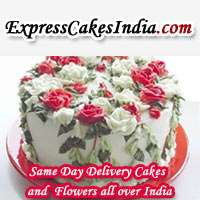 Delicious cakes with blending beauty of flowers