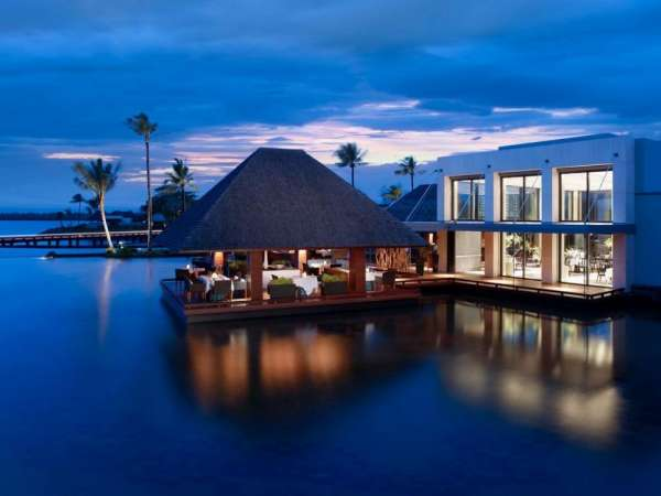 Romantic luxury honeymoon packages for couples