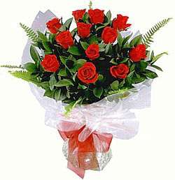 Send flowers and cakes delivery to delhi