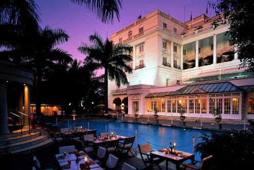 Enjoy the lavish stay at itc windsor with special discount