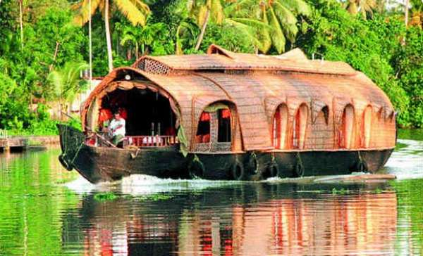 Kerala package tours at rs. 26999 with return airfare