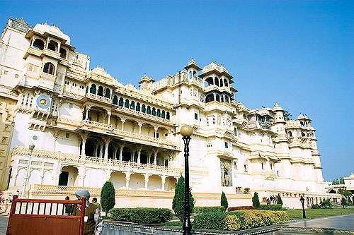 Best tour package for udaipur(mount abu)
