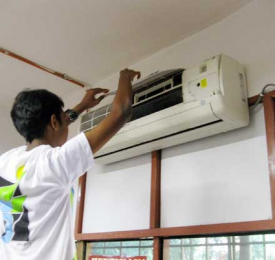 Ac service center in south delhi