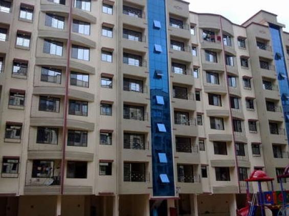 1 bhk fully furnished flat available in gokul horizon kandivali east.