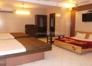 Book 3 star hotel Golden Deluxe in Jaipur