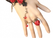Buy designer and fashionable rose pattern jewellery at return favors