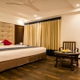 Safe and private service Apartments in Hauz khas, South Delhi