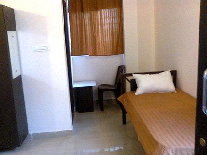 Pictures of Paying guest accomodation for women 4