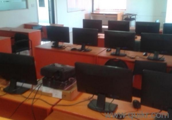 Corporate training room / conference room available for rent in sangam circle (jayanagar)