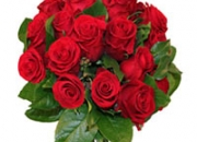 Impress your mom on mother's day by gifting flowers and gifts