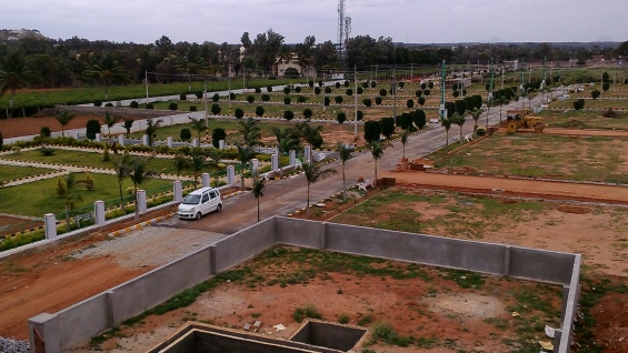 Pictures of Villa plots near 12000 acres it hub 4