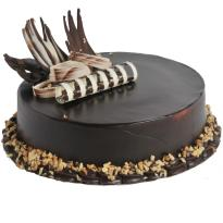Winni.in provides this one of the best combinations available in kitchen - walnut and chocolate - just for you. enjoy this culinary delight with your loved ones.  hunt for perfect cake is over. perfect choice for chocolate lovers. perfect finish to a part