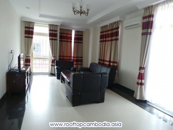 2 bedrooms apartment for rent in bkk1 - chamkarmon