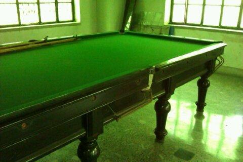 Billiards cum snooker table