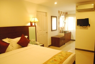 Corporate guest house close to prometric center