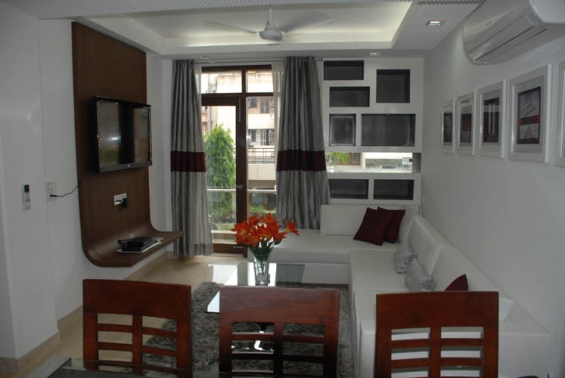 2 bhk service apartments in saket near metro station for short term accommodation