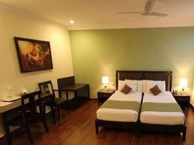 Pictures of Best summer offer hotel in saket, delhi -rs.7500 per day 4