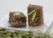 Pure classic chocolate almond barfi – onyyx india