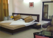 gurgaon guest house near dlf 2