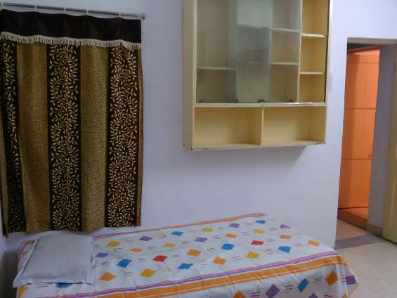 Fully furnished shared accommodation on rent (all incl) in ellora park, baroda