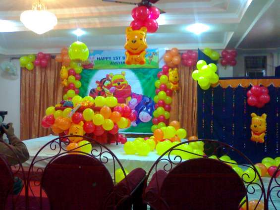 We provide balloon decoration in any kind of party @9450359738