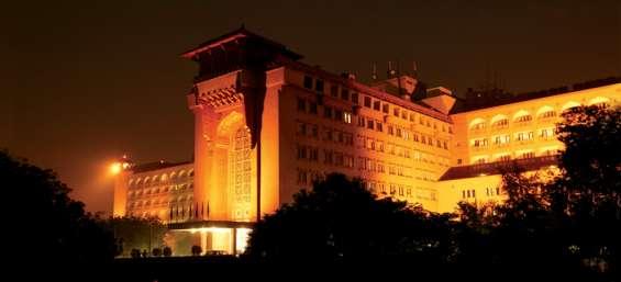 Find best hotel in delhi:the ashok