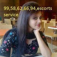 Call girls in delhi and call sapana  escort service in delhi delhi