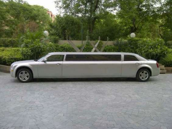 Limousine car hire mumbai