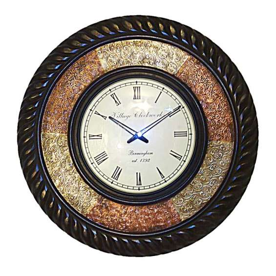 Metal fitted double boundary wooden round wall clock