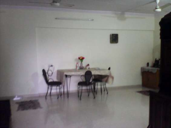 1 master bedroom of 3 b h k flat available for rent