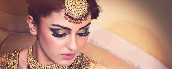 Beauty parlour in shalimar bagh | bridal makeup artist |