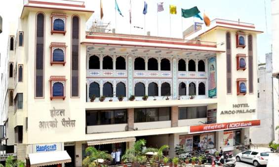 Budget hotels in jaipur -hotel arco palace