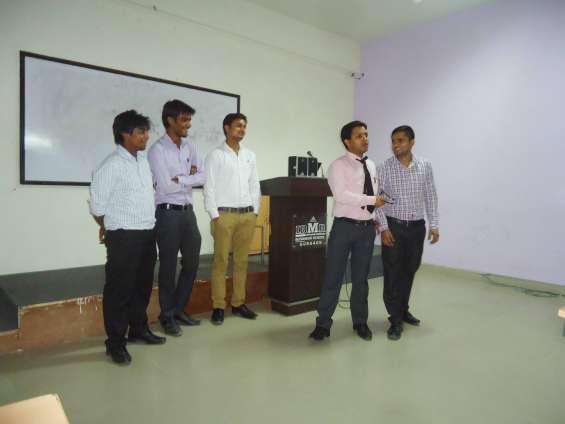 Motivational speaker in delhi/ motivational trainer in delhi/keynote speaker in delhi