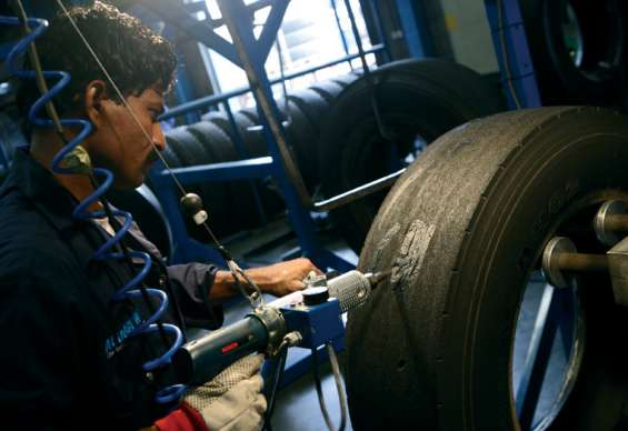Top class tyre retreading company in noida call massey tyre retreading at 9818984640