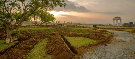Bmrda approved premium plots on kanakapura main road.