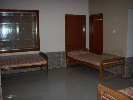 Pg for women with 24 hours water and other facilities-mathikere-9916200888