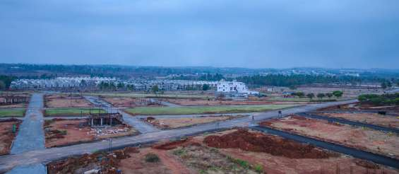Premium villa plots on kanakapura main road.