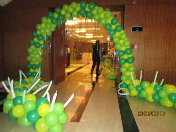 Balloon decoration / bouncy provider / magician provider in gurgaon