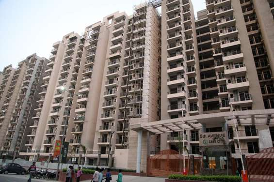 2/3/4 bhk gaur city apartments at rs 3650 per sq ft