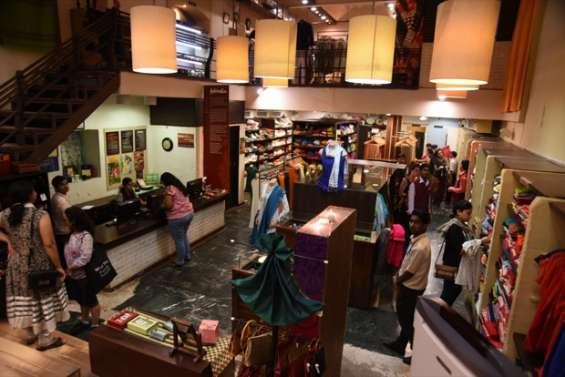 Ethnic handmade products at fab india mumbai